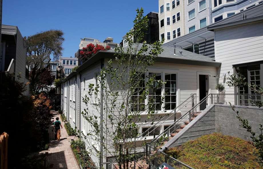Filbert Cottage.jpg