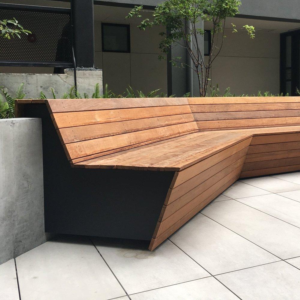 Laguna Hayes  |   Courtyard Bench