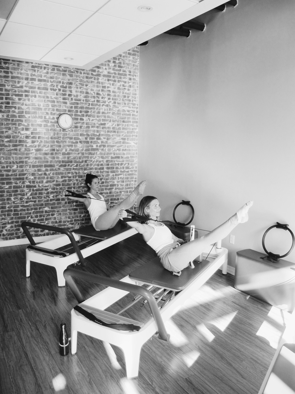 Jenny Redford teaching at Playa Pilates