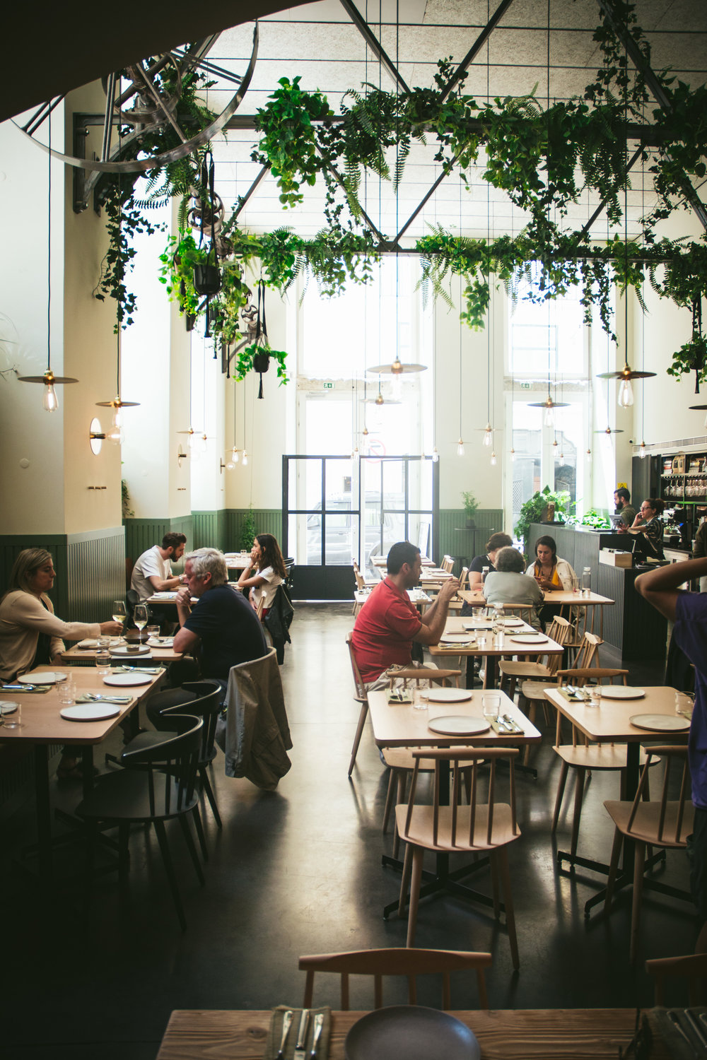 Prado restaurant - In the heart of Baixa, a farm to table concept with a Portuguese twist. A daily changing menu, all plates are based on national, seasonal, and fresh ingredients. The wine list is extensive yet focusing exclusively on organic, biodynamic, and natural reds, whites, and roses.           Tavessa das Pedras Negras, 21100-404 Lisboa+351 210 534 649info@pradorestaurante.com