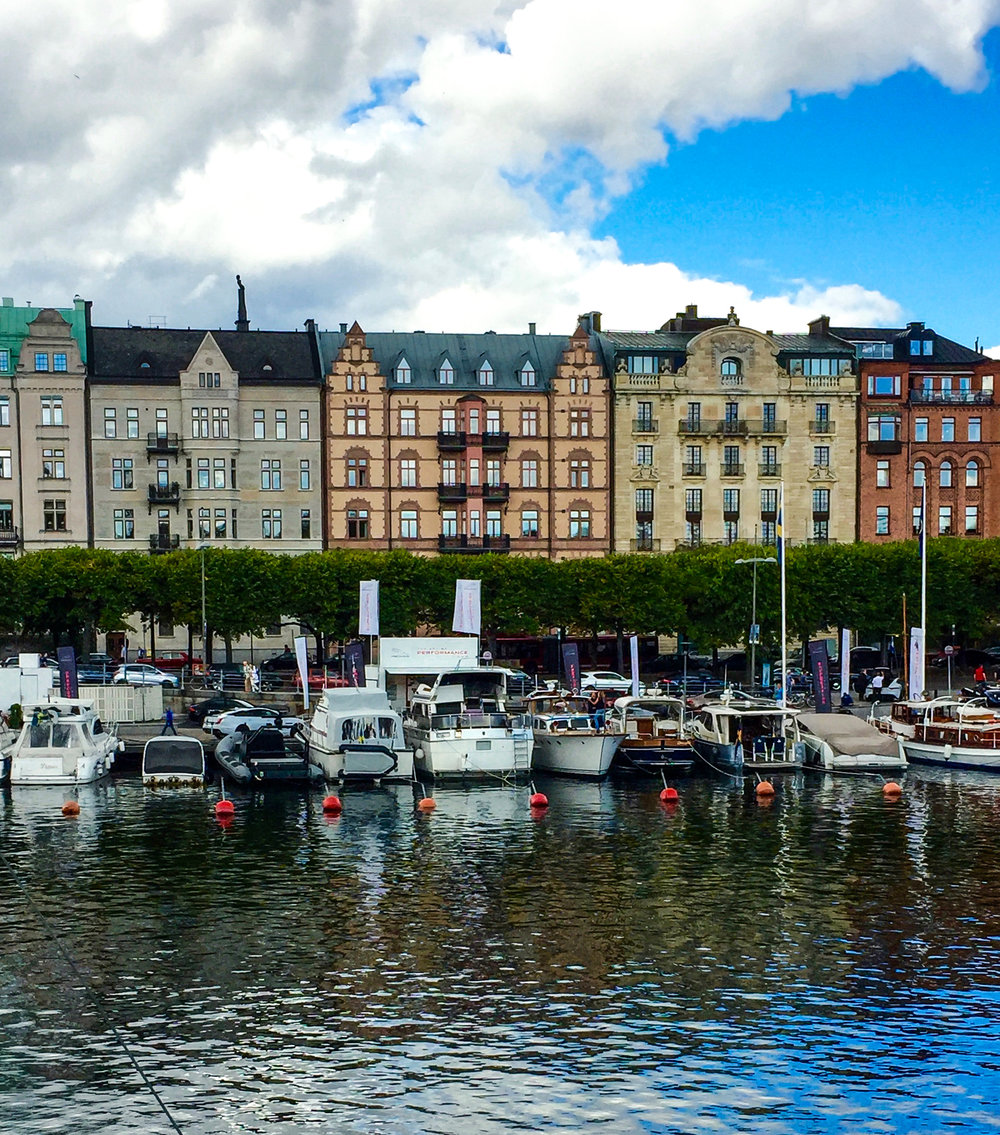 - Return to Stockholm on a RIB (rigid inflatable boat) with Captain Bengt Kull. Weather being often chilly even in the summer months, his provisions include drysuits to keep passengers warm and a trip through the loch that connects Lake Malaren with the Baltic Sea is a door-to-door experience that leaves sea travelers on the docks in the city's center and directly across the street from The Hotel Diplomat.