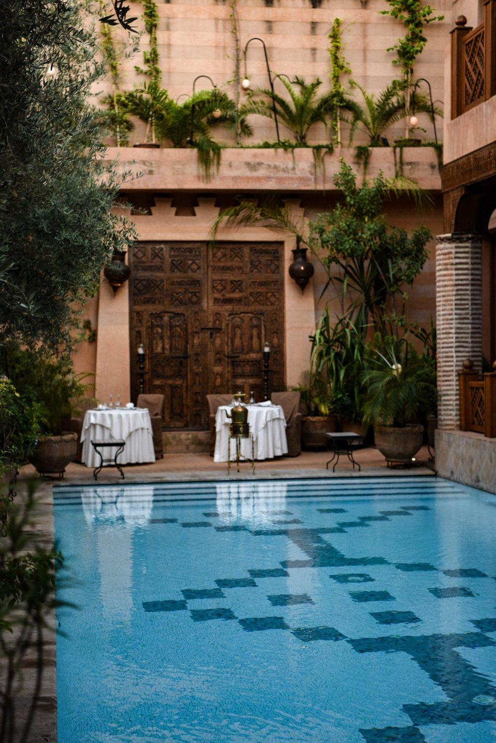 La_Maison_Arabe_in_the_Medina_Weston_Table.jpg