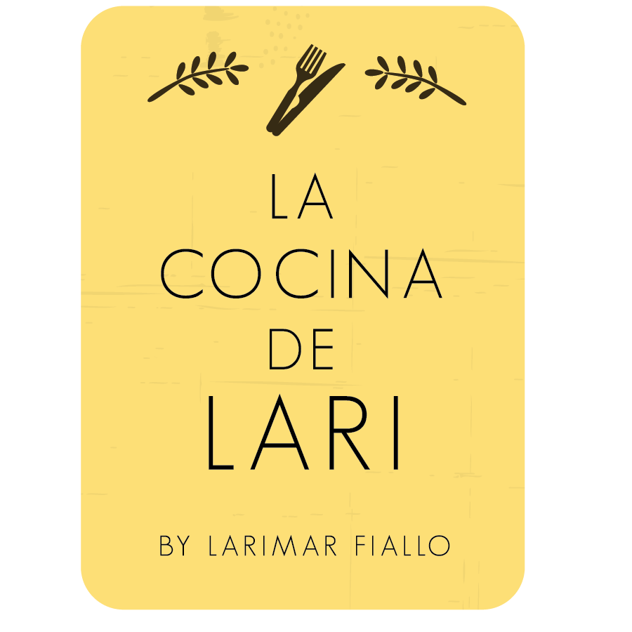 La Casita de Lari Logos-03.png