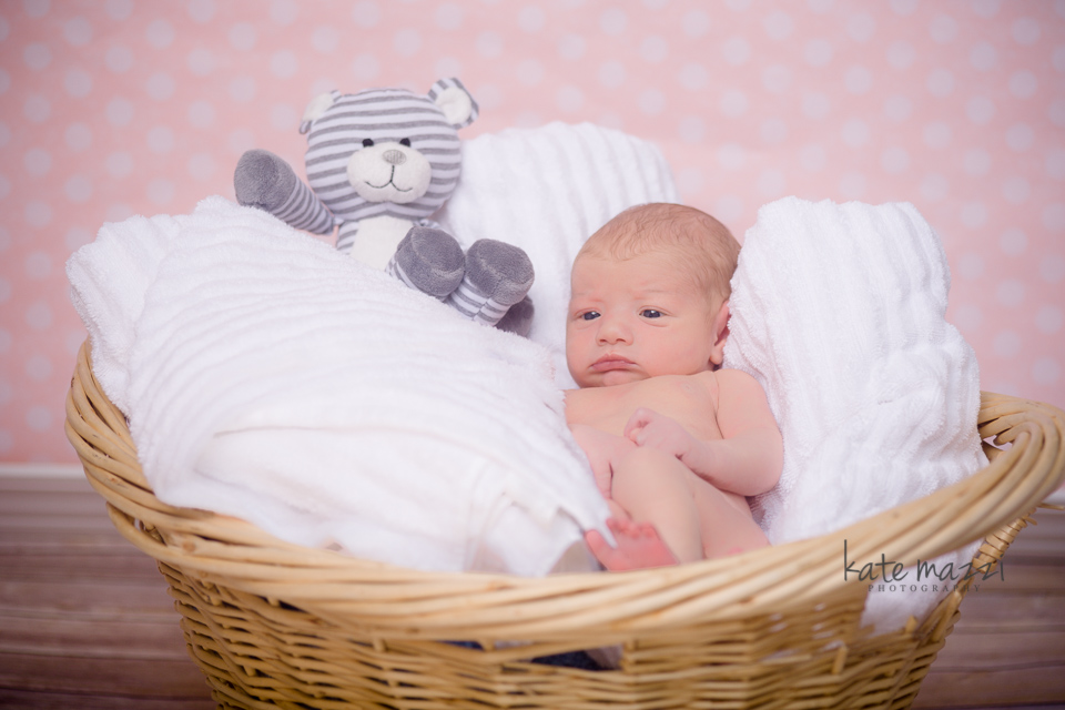 kinleynewborn (1 of 7).jpg