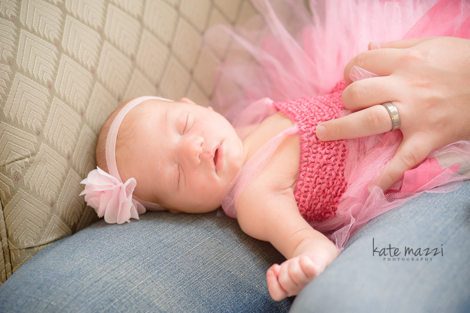 kinleynewborn (5 of 7).jpg