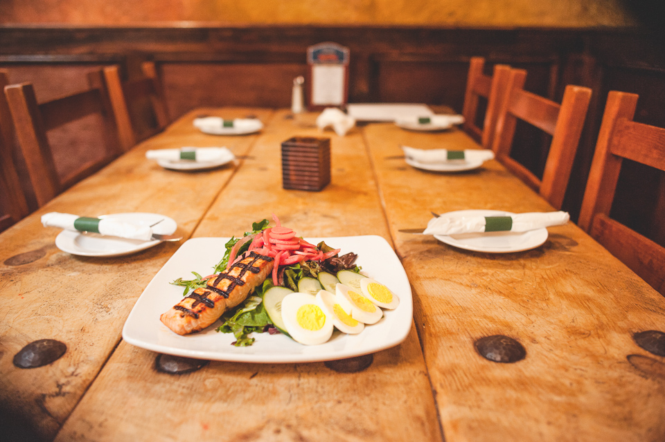 grilled salmon  salad-5.jpg