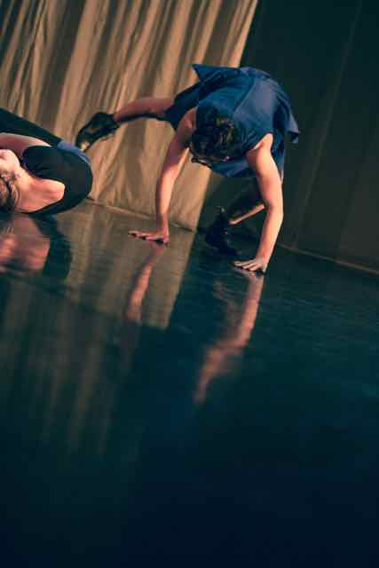 Mirror_Grad_Dance_photography_2015_-44.jpg