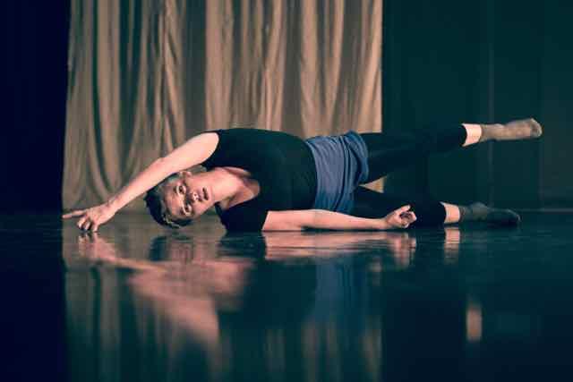 Mirror_Grad_Dance_photography_2015_-45.jpg