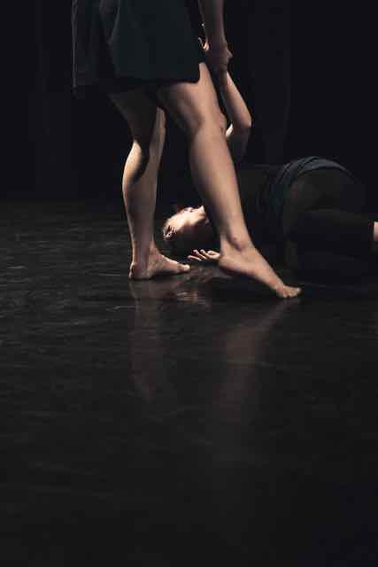 Mirror_Grad_Dance_photography_2015_-87.jpg