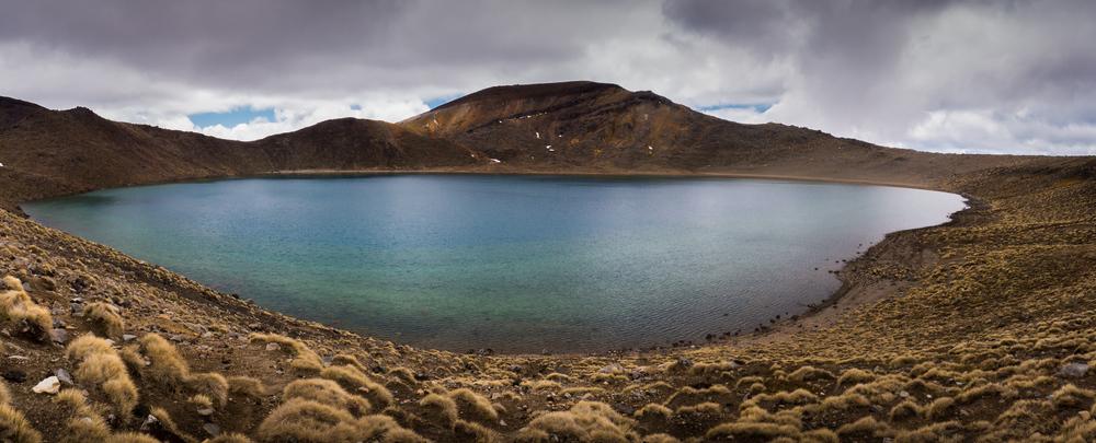 _10 Large Tongariro lake.jpg