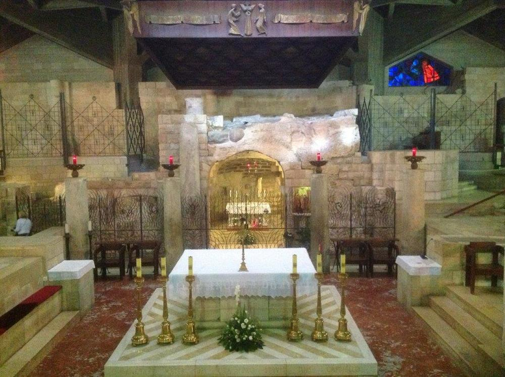 12Nazareth Church of the Annunciation Grotto.jpg