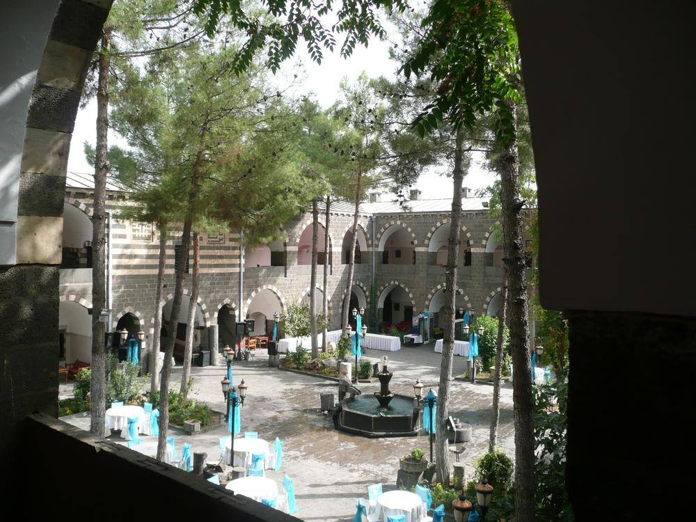 Caravanserai Hotel courtyard
