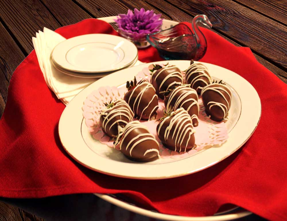 chocolate-dipped-Strawberries-PS.jpg