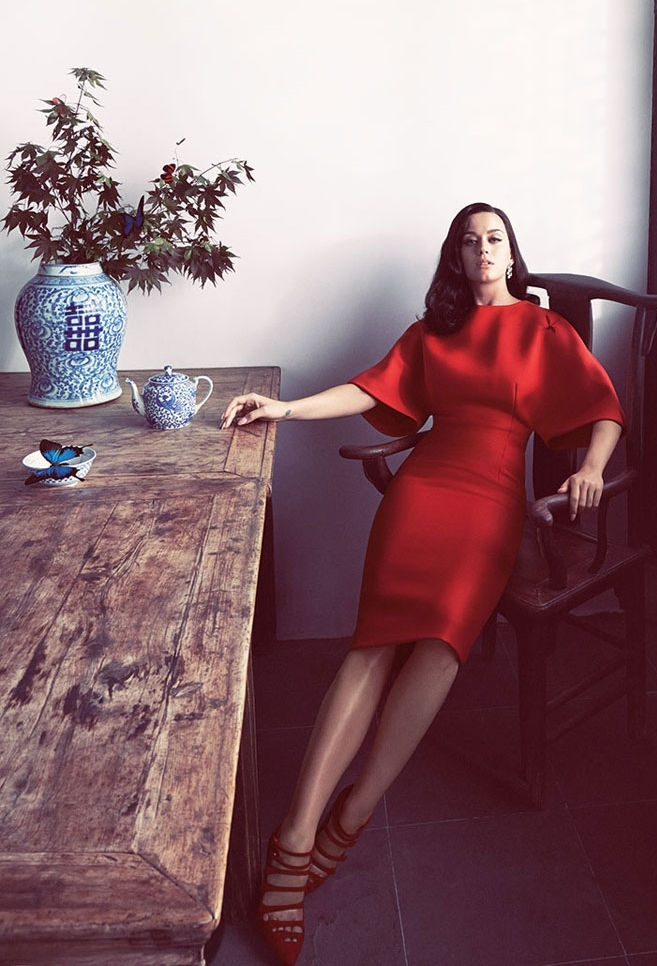 Katy-Perry-Harpers-Bazaar-October-2015-Issue-Tom-Lorenzo-Site-TLO-3.jpg