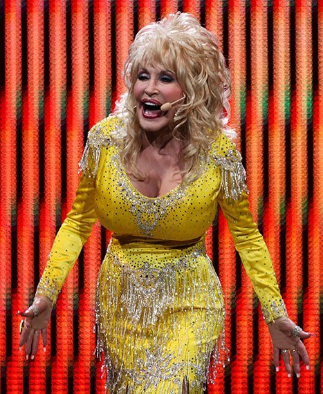 dolly-parton-plastic-surgery-1.jpg
