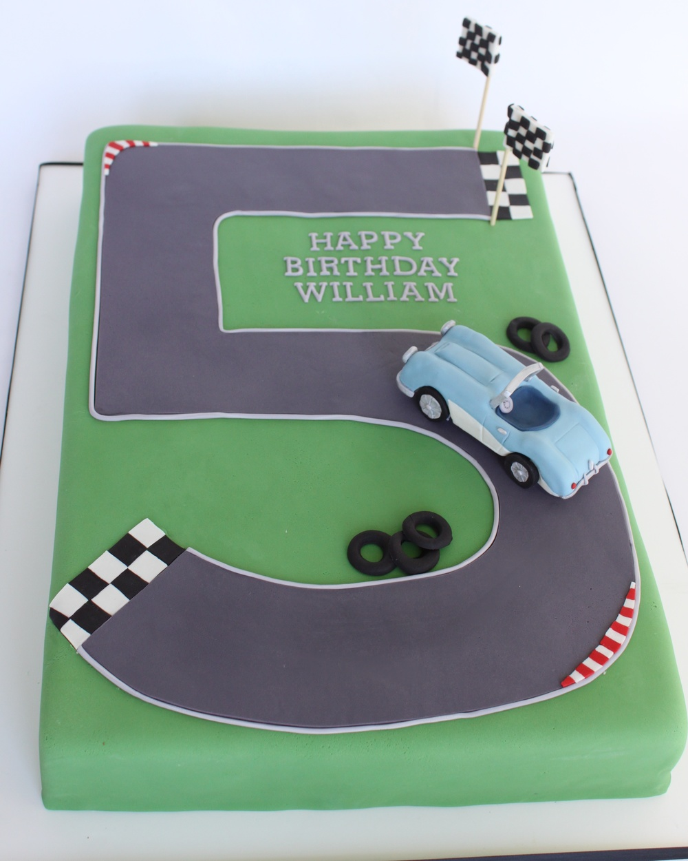 Austin Healey Birthday cake v2 7721.jpg