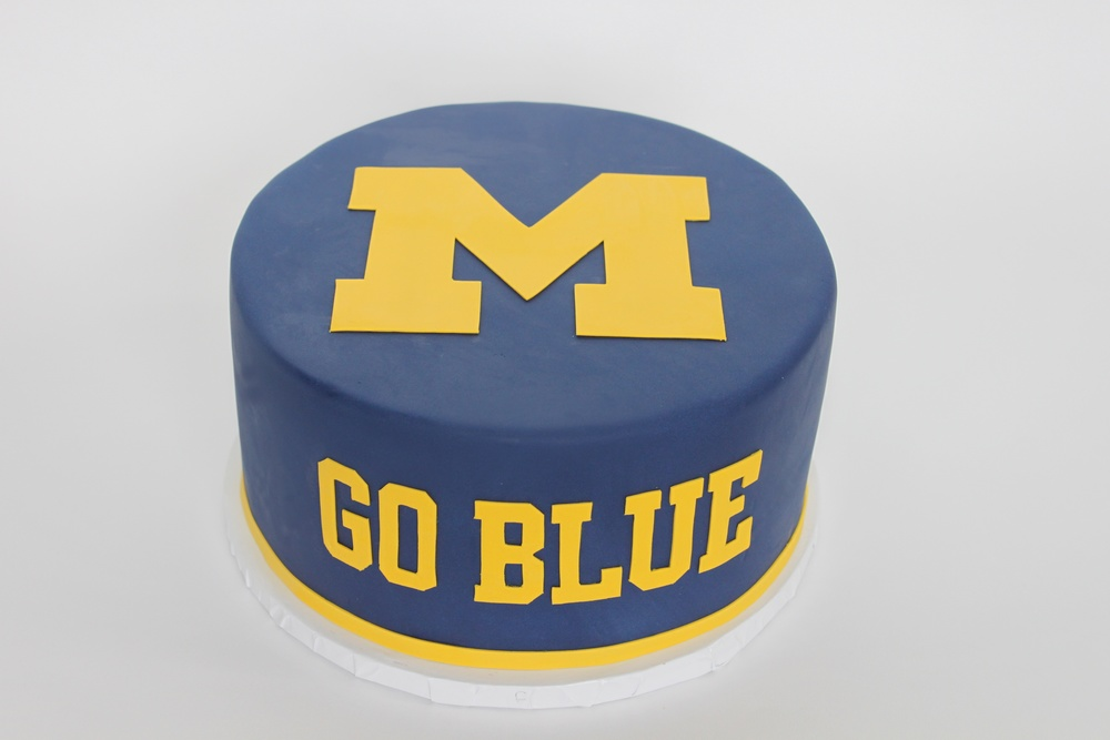 U Michigan celebration cake 9243.jpg
