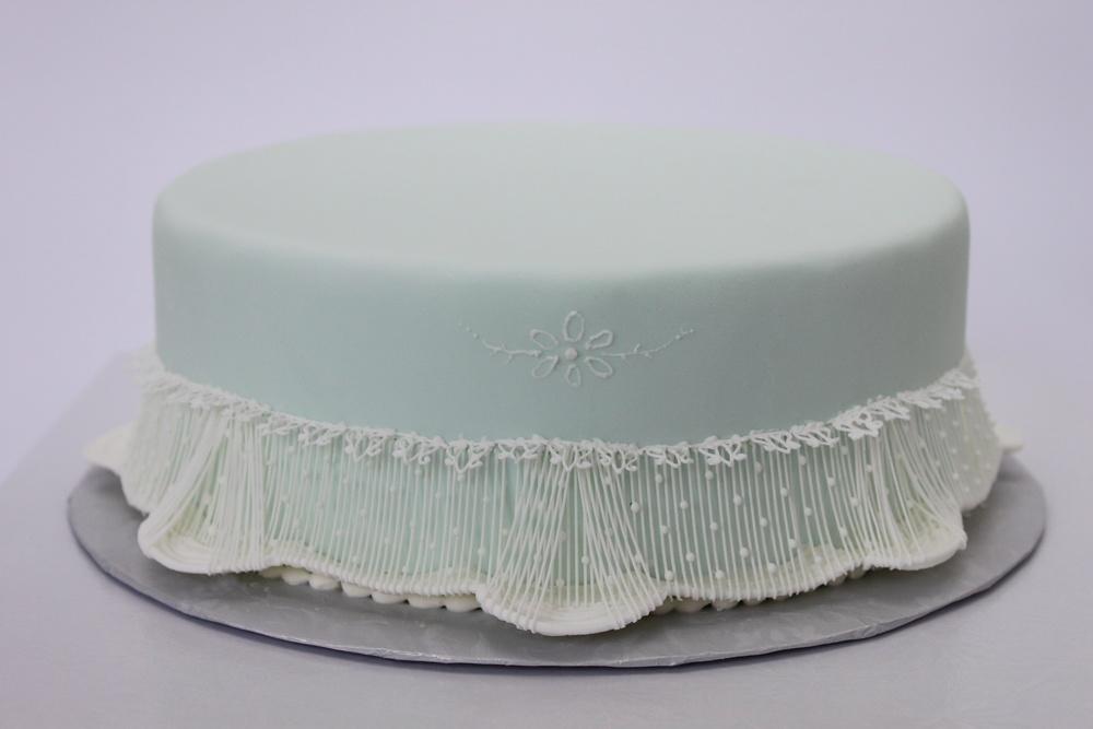 Australian string work cake 6999.jpg