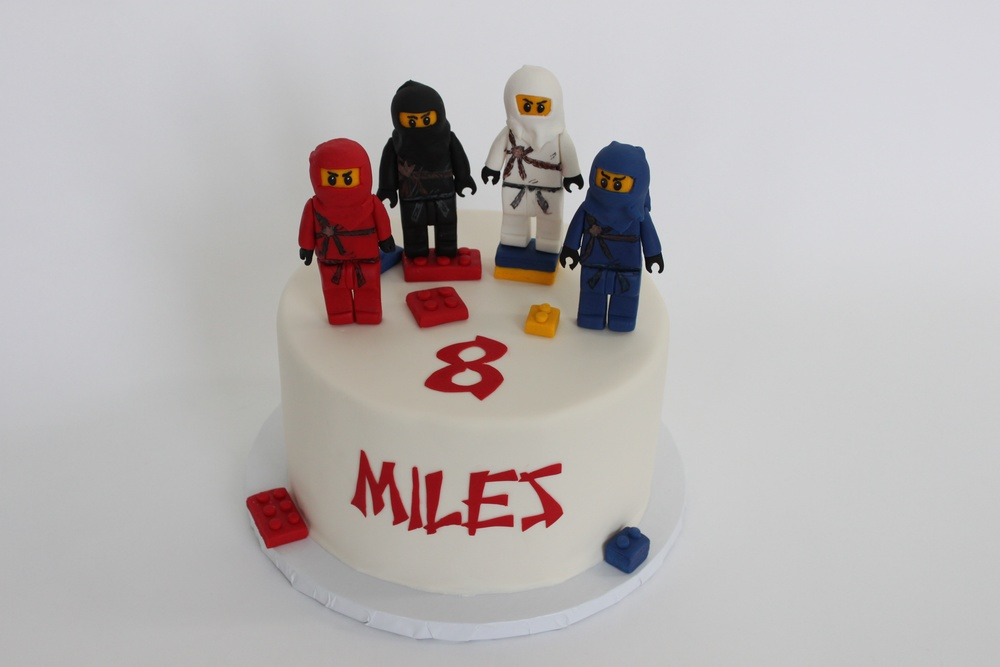 Ninjago single tier cake 8858.jpg