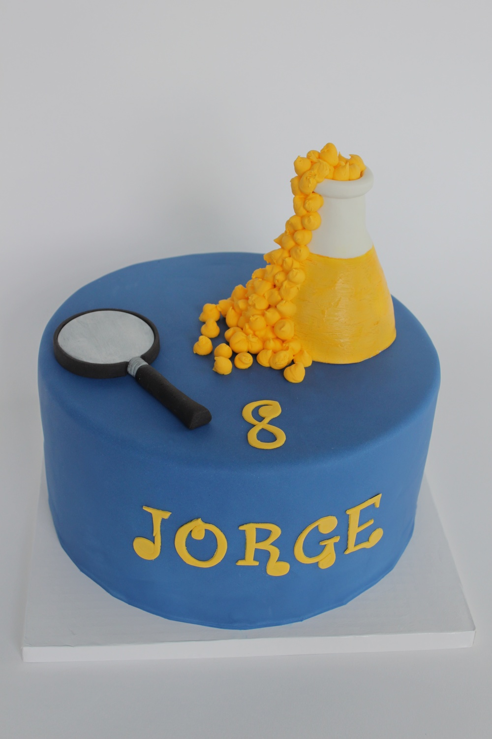 Science cake uncrop 9215.jpg
