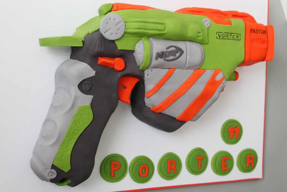 nerf gun cake side view.jpg