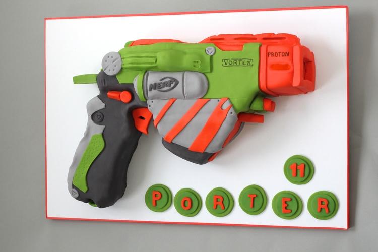 Nerf Gun Cake V1