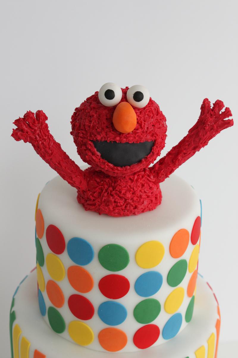Elmo tiered cake_014.jpg