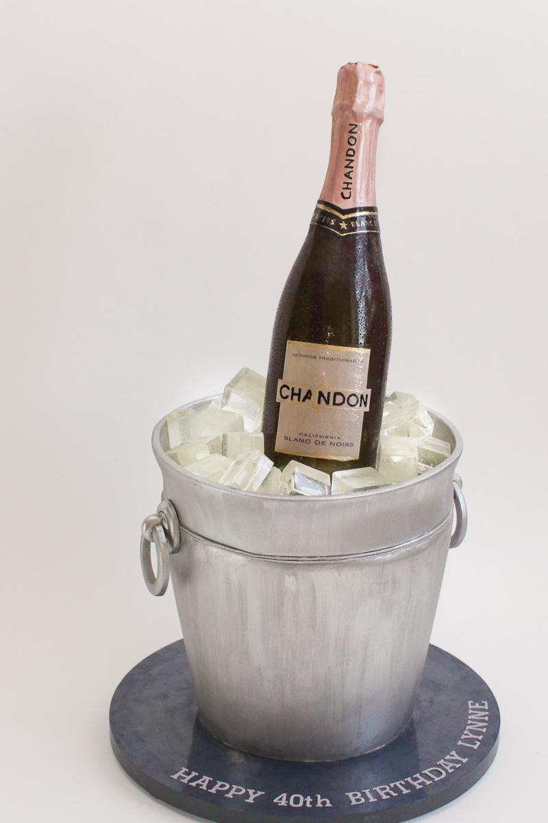 Champagne Bucket cake_060-4.jpg