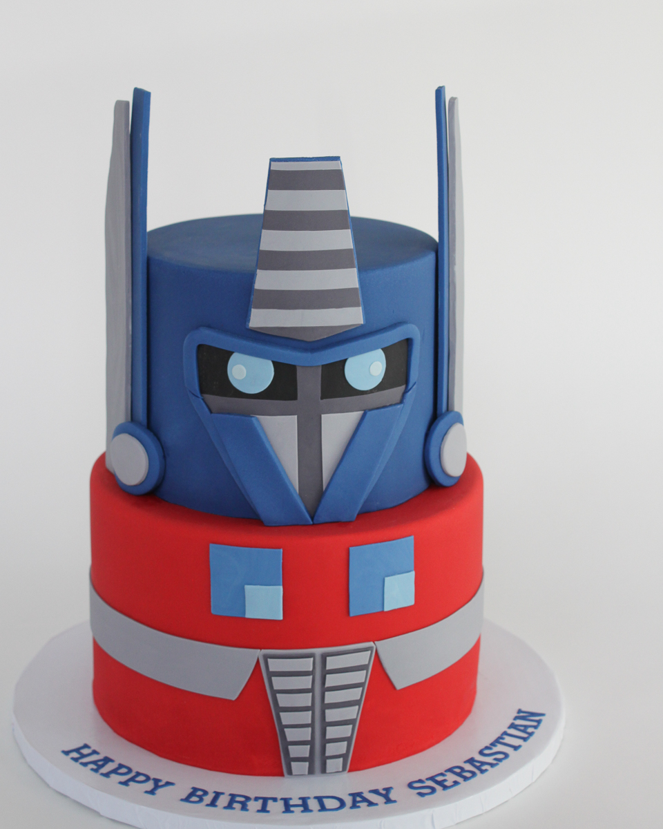 Optimus Prime Transformers Cake_001-2.jpg