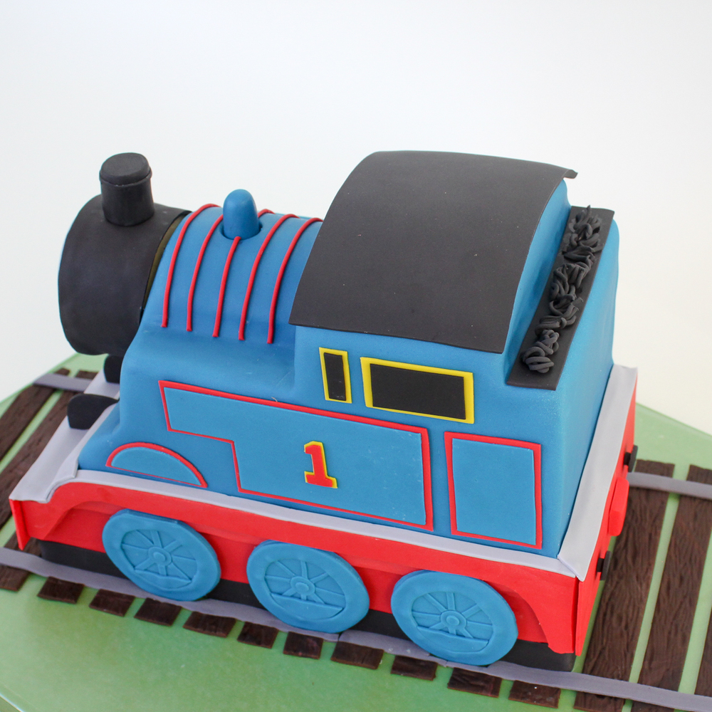Thomas Train Sculpted Cake_026.jpg