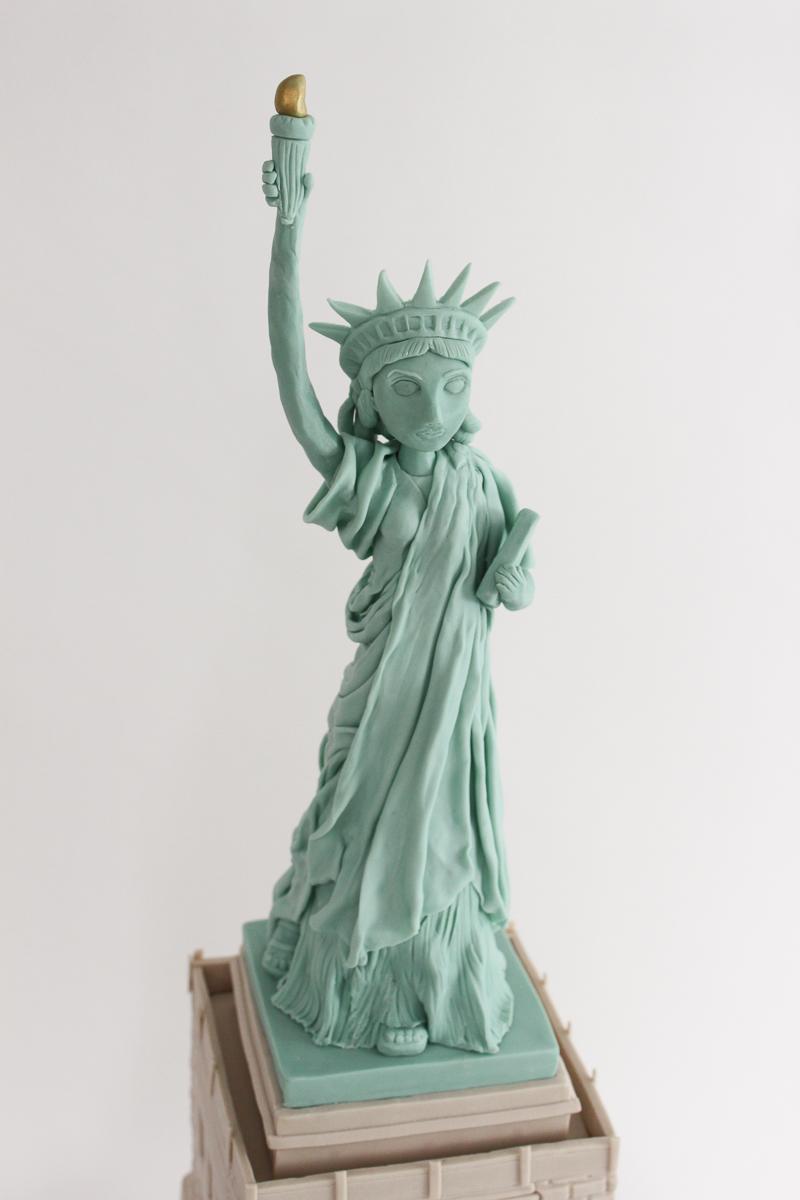 Statue of Liberty Cake_034-3.jpg