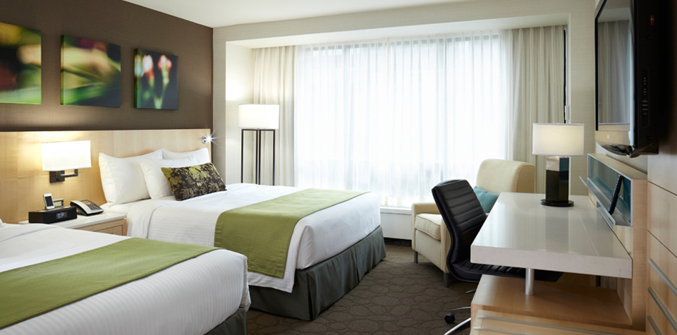 Holiday-Inn-H4-King-Room-Standard.jpg