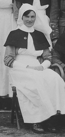 Sister Daphne Commons in England, ca 1916-1918