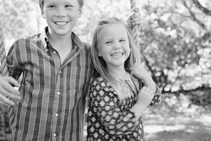 los angeles family photographer-swingin-03b.jpg