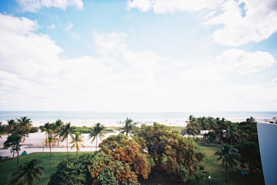 los-angeles-photographer-victoria-oleary-on-vacation-in-miami-pictures-08.jpg