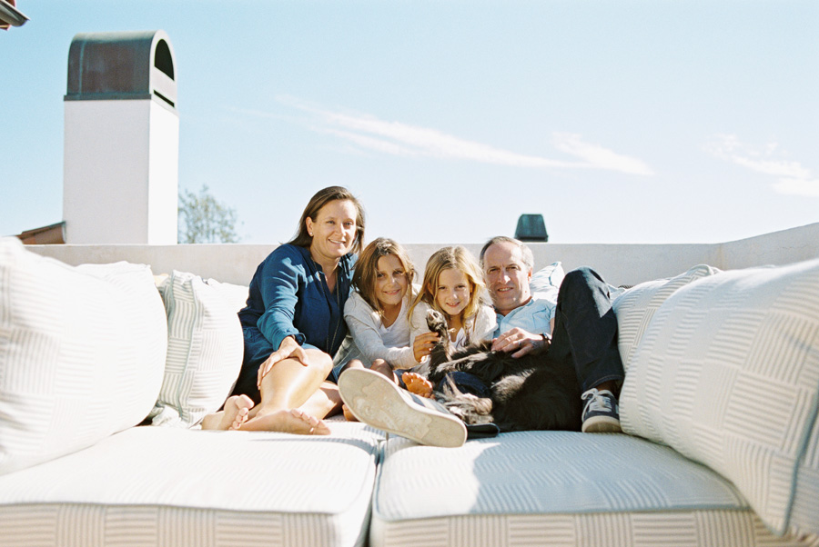 los-angeles-family-photographer-victoria-oleary-manhattan-beach-rooftop-2.jpg