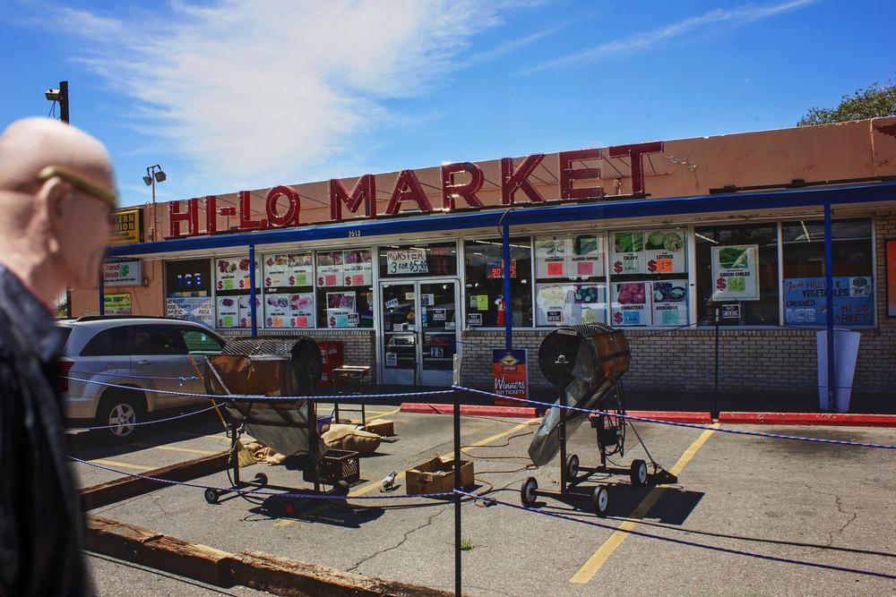 Fugue state Hi-Lo Market (2513 4th St NW, Albuquerque, NM)