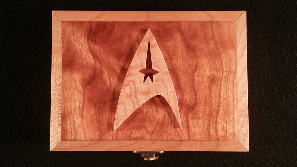 Star Trek Box - Top.jpg