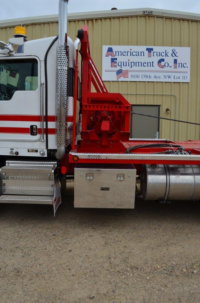 Kenworth T800 w/ Braden HP75 Winch