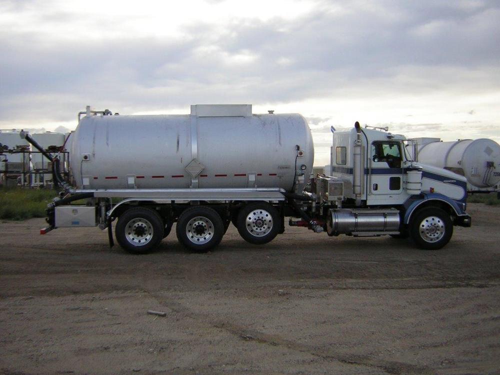 S & S 100 BBL Crude Truck