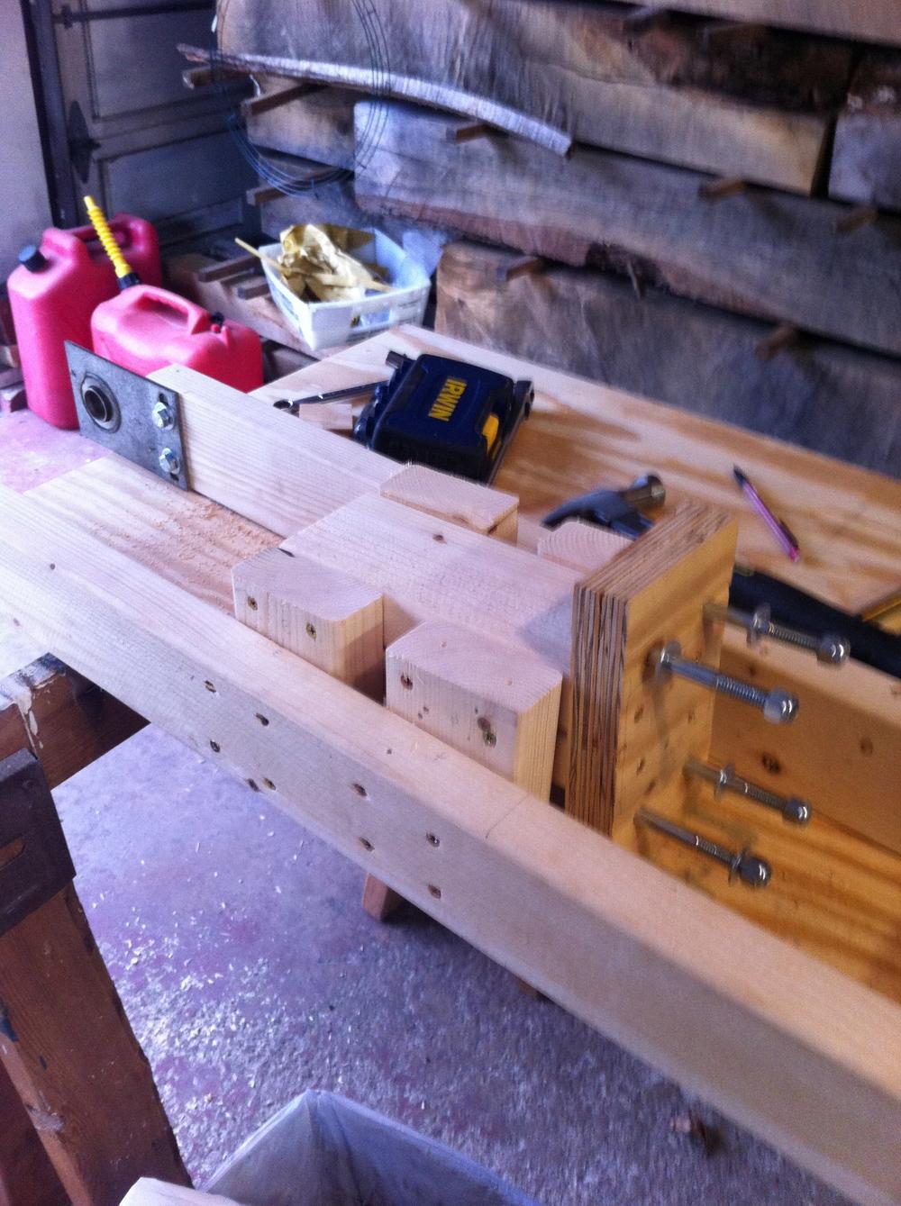 Spring mount and spring mount frame installed.