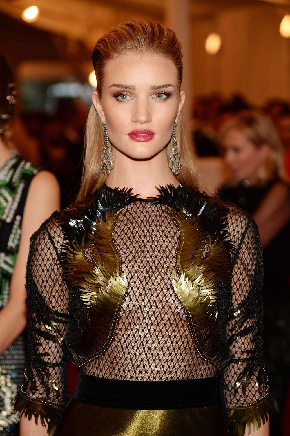 201305_ROSIEHUNTINGTONWHITELEY_METGALA_JC_MB_02.jpg