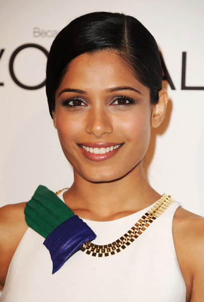MB_FREIDA PINTO_ELLE WOMEN IN HOLLYWOOD_10_17_11.2.jpg
