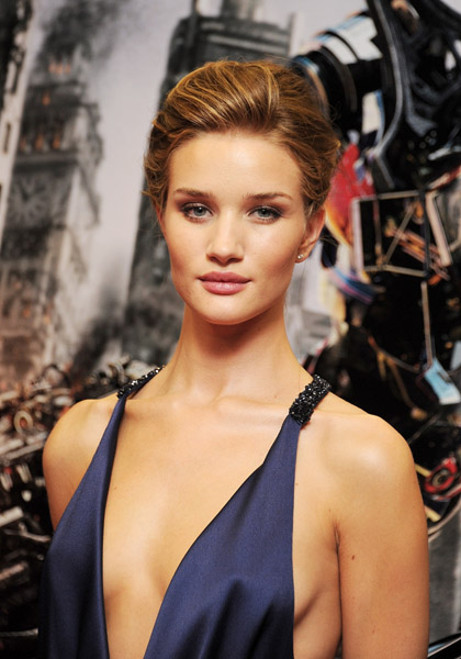MB_TRANSFORMERSLONDON_ROSIEHUNTINGTONWHITELEY_6_11.jpg