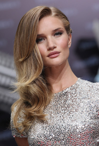 MB_TRANSFORMERSGERMANY_ROSIEHUNTINGTONWHITELEY_6_11.jpg