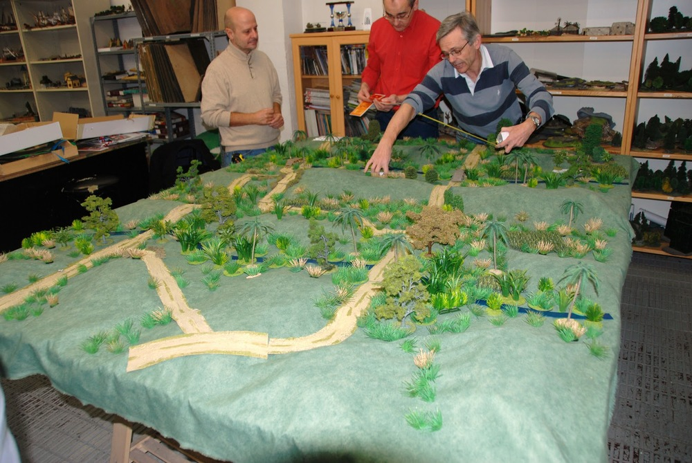 General view of the gaming table (East to West)