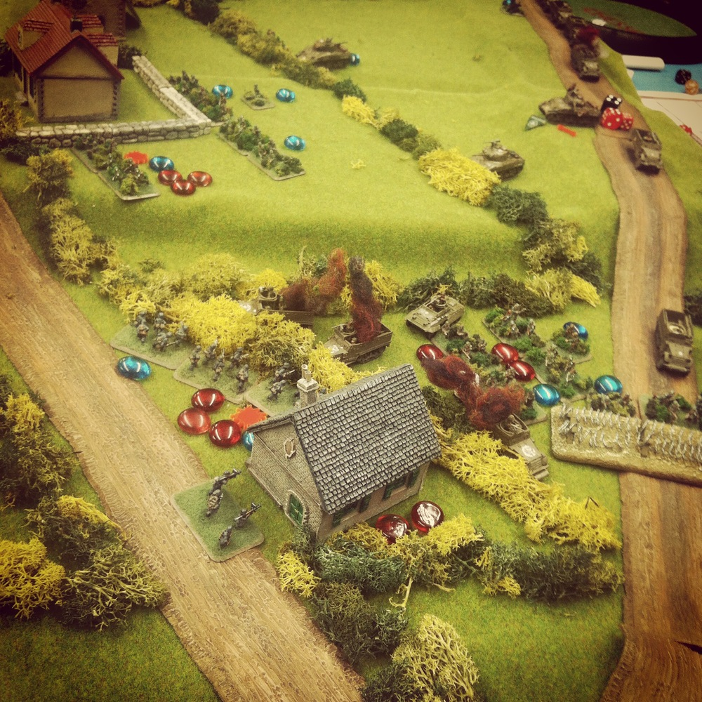 US reinforcements arrive at the house and advance on the defending German left