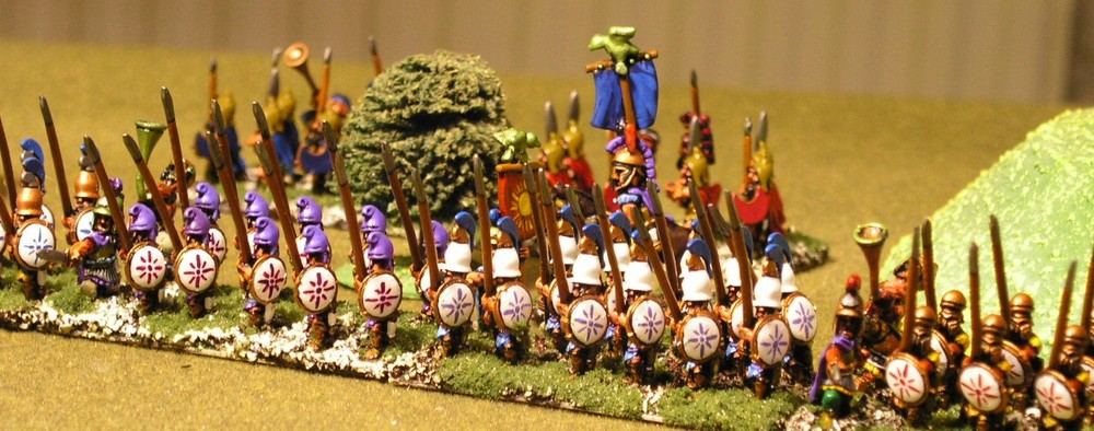 The Phalanx Advances (15mm Tin Soldier)