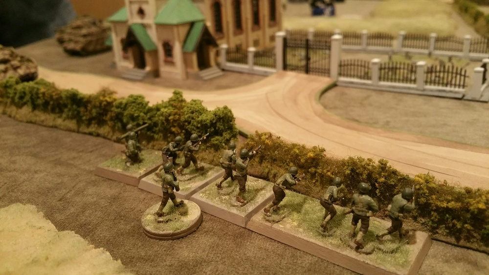 US Infantry contests their left flank at the church in hopes of creating a bottleneck.