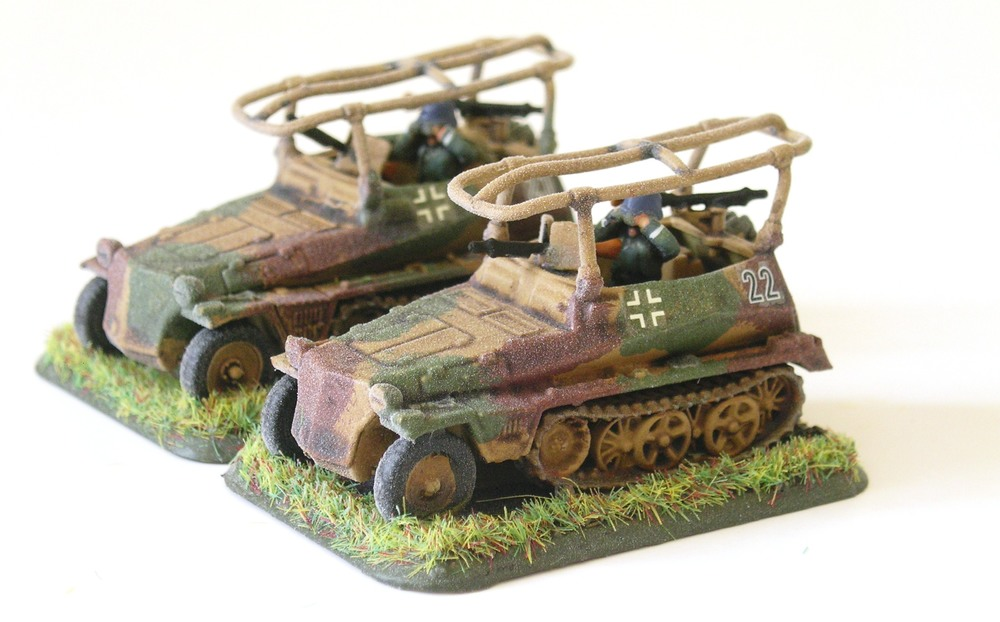 Panzerspah zug HQ (2 x SdKFZ 250/5)